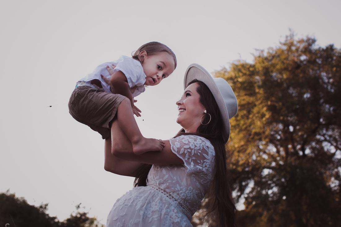 motherhood photography in san antonio texas